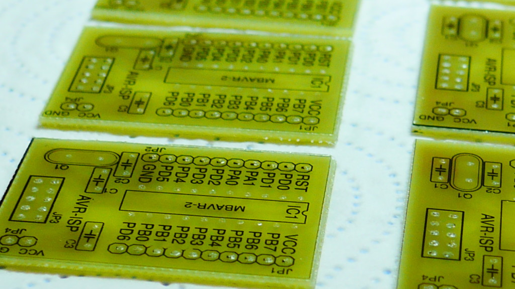 mbavr2_pcb_top_2